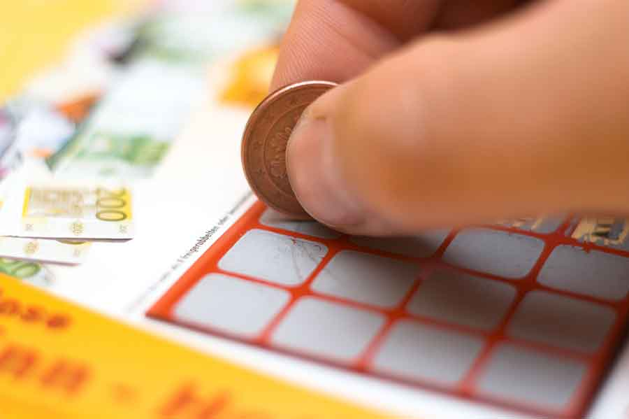 How to play scratch cards1