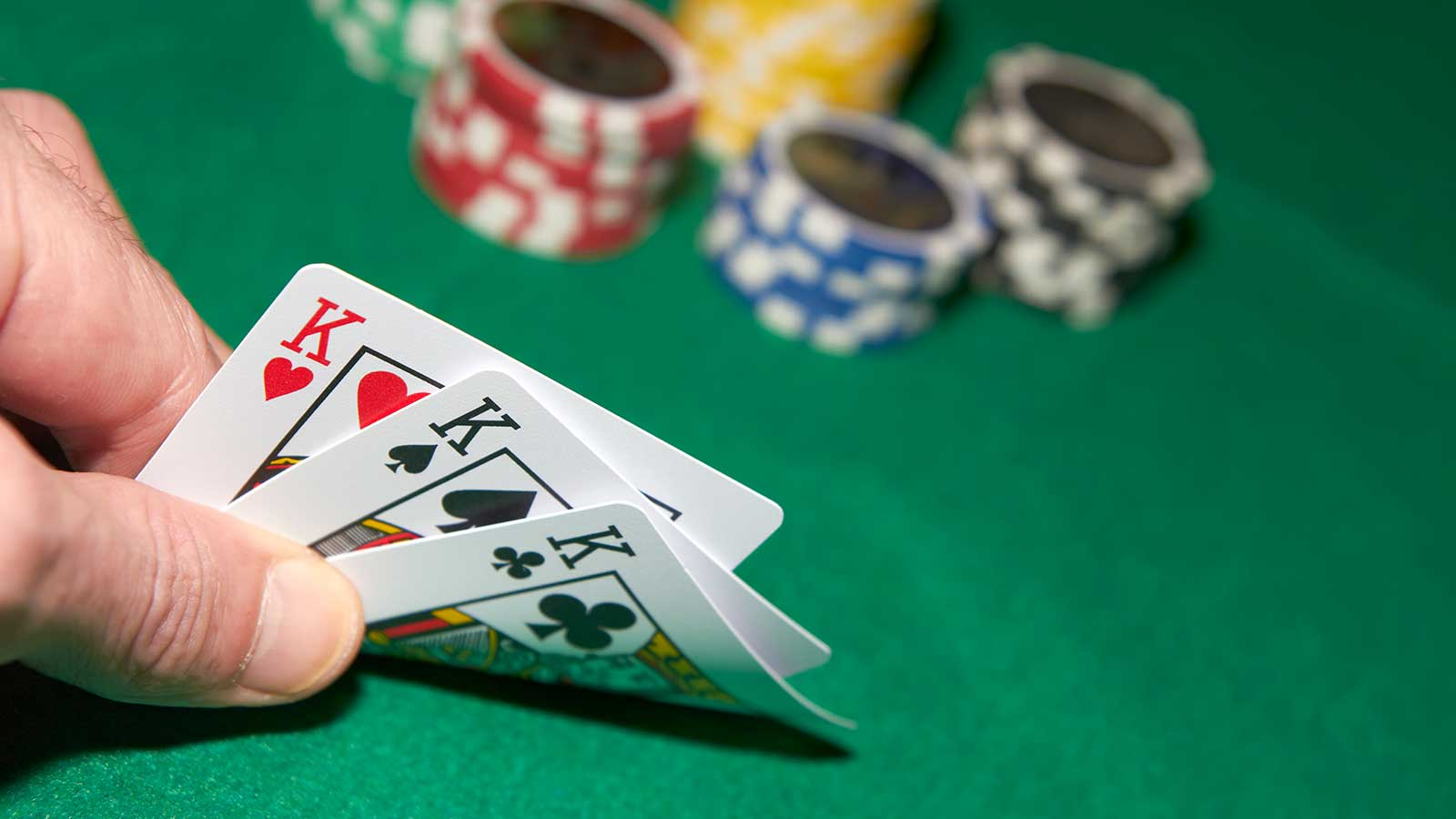 How To Play Triple Card Poker - Guides And Tips